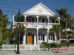 Steet view of the Key West Conch House Heritage Inn